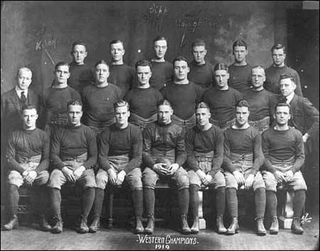 Rockne's first undefeated team. But not his last. Dave Hayes is in the first row, far right.