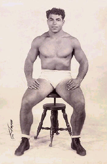 Joe in his prime as a world champion wrestler – when that title meant something. (From the J.G. Savoldi collection)